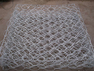 چین 60×80 Mm Pvc Coated Gabion Baskets Gabion Mattress For Embankment / Dike تامین کننده